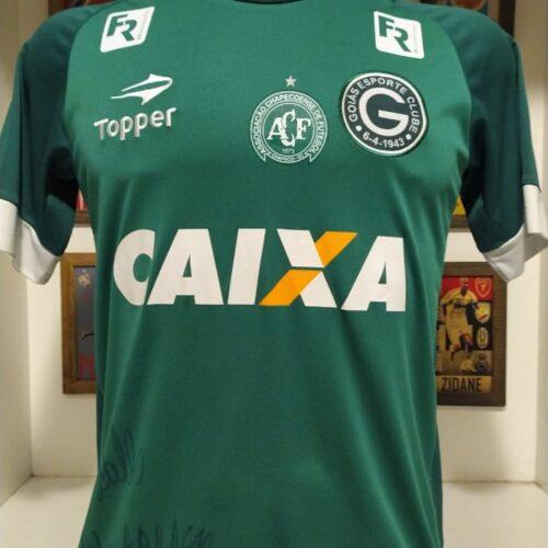 Camisa Goiás Topper Homenagem a Chapecoense autografada