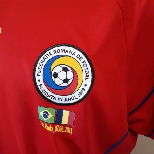 Camisa Romênia Adidas 2011 despedida Ronaldo