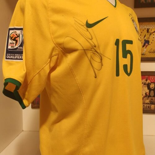 Camisa Brasil Nike 2009 Eliminatórias Copa do Mundo autografada