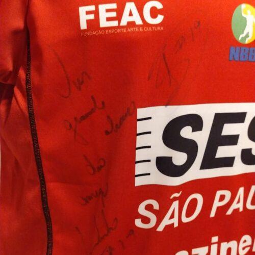 Camisa Franca Overtime 2017 Leandrinho Barbosa basquete autografada