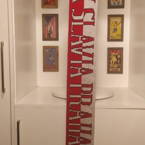 Cachecol Slavia Praha