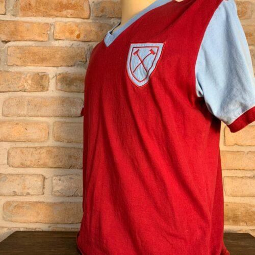 Camisa West Ham retro Bobby Moore